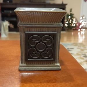 Small Scentsy warmer (unused)